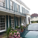 green and white masonry, leaf guilt decorating work on large property